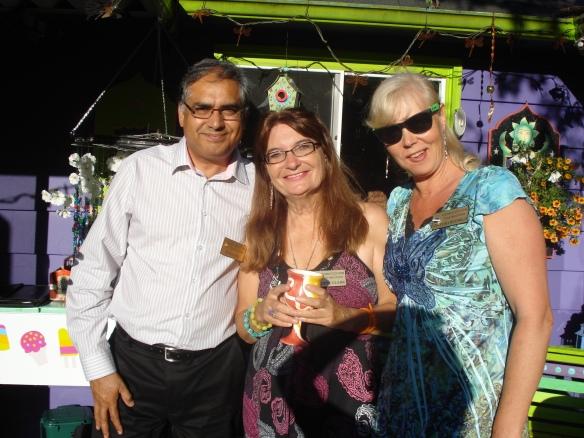 Bob,Violette, Angelika
